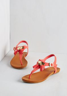 I've Dune it All Sandal in Coral. From brunch to the pool to the sandy shores, these coral-red sandals have sea-n it all! #coral #modcloth