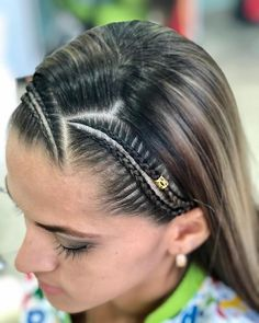 Weave Ponytail Hairstyles, Cool Hairstyles, Protective Hairstyles, Curly Hair Styles, Natural Hair Styles, Middle Hair, Hello Hair, Hair Upstyles, Cool Braids