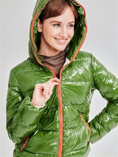 Women's Puffer Coats, Down Puffer Coat, Down Coat, Nylons, Mens Down Jacket, Puffy Jacket, Green And Brown, Leggings, Cool Girl