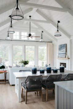 Coastal Cottage Interior Design Inspiration – Part 1 {Get the Look!} – Hello Lovely Great room with shiplap and blue accents. Coastal Cottage Interior Design Inspiration – Part 1 {Get the Look! Modern Cottage Decor, Modern Farmhouse Interiors, Beach Cottage Decor, Modern Farmhouse Style, Coastal Cottage, Modern Decor, White Cottage, Farmhouse Decor, Coastal Style