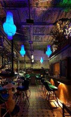 """Un café en Berlin: """"Le Croco Blue""""."""