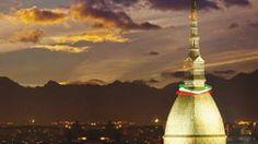 La scalata alla Mole Antonelliana per celebrare i 150 anni del monumento simbolo di #Torino.