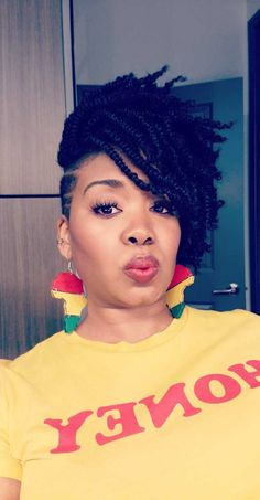 98 Inspirational New Short Bob Braids Hairstyles and Haircut.- New Short Bob Braids Hairstyles and Haircuts for Women 2020 New Look - Shaved Side Hairstyles, Cute Hairstyles, Braided Hairstyles, Wedding Hairstyles, Protective Hairstyles, Short Twist Hairstyles, Natural Twist Hairstyles, Tapered Twa Hairstyles, Short Crochet Braids Hairstyles