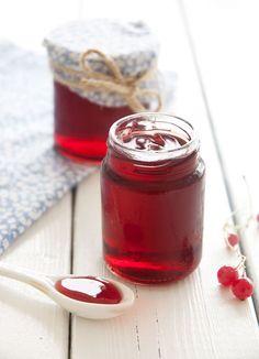 Ribsgelé - 2 glas, ca 3 dl i alt Jam Recipes, Canning Recipes, Dessert Recipes, Desserts, Chutneys, Smoothie, Danish Food, Sweet Sauce, Eat Smart
