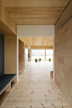 Gallery of Brick House / LETH & GORI - 13