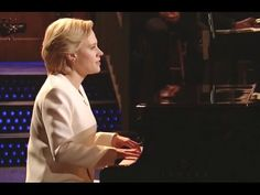 Hillary Clinton Sings Hallelujah On Snl Cold Open 11/12/16