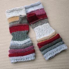 Marché aux puces inégalée main tricot poignet par WrapturebyInese