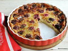 Cea mai simplă prăjitură cu prune – rețeta de far breton aux prunes. D'après @joel.robuchon  #savoriurbane #retetanoua  ____❤❤❤____ Reteta la linkul de pe profilul meu @oanaigretiu  ____❤❤❤____ #plums #plumcake #frenchrecipe #farbreton #farauxprunes #prajitura #prune #cremadevanilie #prajiturasimpla #prajituracuprune #cakesofinstagram #bretagne #cuisinefrancaise #onmyplate #onmytable #simplerecipes #simplecake Mango Desserts, Kouign Amann, Cacao Beans, Flan, Bagel, Quiche, Gluten, Deserts, Muffin