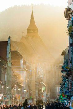 Brasov medieval city, Transylvania, Romania, www.romaniasfriends.com Wonderful Places, Beautiful Places, Brasov Romania, City Break, Small Towns, Continents, Travel Inspiration, Taj Mahal, Medieval