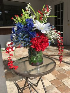July 4th centerpiece, July 4th decor, 4th of July vase, Patriotic centerpiece, patriotic decor, Patriotic vase, Memorial Day, Labor Day by WitchesLairWreaths on Etsy