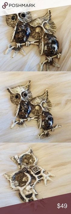 OWLS CABOCHON 9TH MARKED HIS BROOCH Excellent vintage condition. No flaws.  Cabochon belly aurora borealis eyes on white enamel. Nice weight. 2 black eyes on the left eye and 2 clear on the right owl. 2 x 3. Vintage Jewelry Brooches