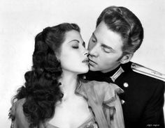 Yvonne De Carlo, Jean-Pierre Aumont-- Song of Scheherazade Golden Age Of Hollywood, Classic Hollywood, Old Hollywood, Embraceable You, Yvonne De Carlo, The Munsters, Classic Beauty, Vintage Beauty, Most Beautiful Women