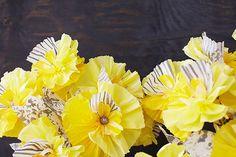 Hometalk :: Paper Flower Frames & Ornaments | DIY Wednesday