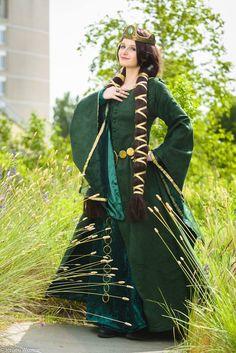 Queen Elinor - Brave II by SheresCosplay.deviantart.com on @DeviantArt