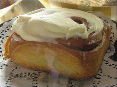 Disneyland Recipes~Cinnamon roll recipe from Blue Ribbon Bakery