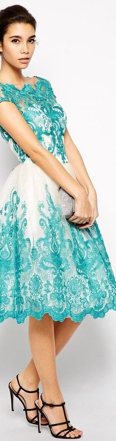 blue and white lace dress http://www.boomerinas.com/2015/03/13/lace-is-still-hot-modern-ways-to-wear-lace-for-spring-summer-2015/