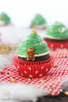 These adorable cupcakes are topped with a marshmallow frosting and dipped in green candy melts, decorated like a Christmas tree. We got our Christmas tree up! It's like a Christmas miracle. We typically are scrounging for a tree the week before Christmas, and it's slim pickings at that point. Well this year we were in …