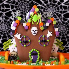 gingerbread haunted house for halloween. This is a big hit in our house every halloween.