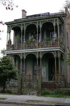 Really dilapidated house in the garden district in New Orleans. Would love to have the money to restore it!
