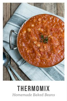 Thermomix Homemade Baked Beans - quick, easy and comforting. Made with healthy ingredients which take no time to prepare, you can just set and forget whilst the Thermomix does all the work.