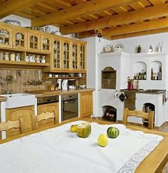 New house built in the old village interior/ rustic. Very common in the mountains, due to abundance of wood Kitchen Room Design, Home Decor Kitchen, Kitchen Living, Rustic Kitchen, Country Kitchen, Old World Kitchens, Home Kitchens, Building A Kitchen, Brown Kitchens