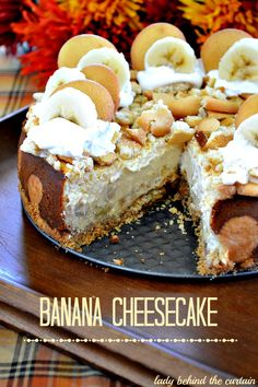 Banana Cheesecake Recipe ~ All the favorites of the classic banana pudding are in this banana cheesecake.  With almost 2 boxes of vanilla wafers and chunks of banana not to mention the creamy center.