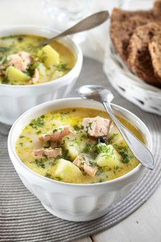 Just had a big bowl of this at the Helsinki airport.to die for! Soup Recipes, Cooking Recipes, Healthy Recipes, Finland Food, Salmon Soup, Finnish Recipes, Scandinavian Food, Homemade Soup, International Recipes