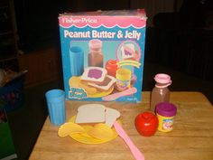 Vintage Fisher Price Peanut Butter Jelly Set Fun with Food Play w Box 2172 Jouets Fisher Price, Fisher Price Toys, Vintage Fisher Price, Kickin It Old School, Little Tikes, Play Food, Old Toys, Vintage Toys, Puppy Love
