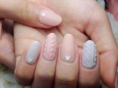 *knit nail*