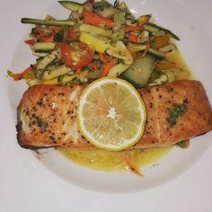 #wreats #cbridge #wrasom #dinner #wednesdaynight #cafe#bistros #restaurants #bars #fish #fishing #salmon #elixirbistro