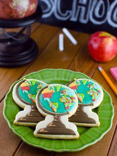 Tutorial for Back to School globe cookies by Semi Sweet Designs. #backtoschool #decoratedcookies