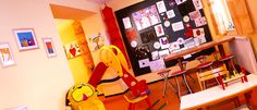 Hotel Hubertushof Arlberg und der Kinderclub. Arlberg Urlaub **** - mit roten Nasen und tolles Kinderprogramm :-) Desk, Spaces, Furniture, Home Decor, Child Care, Desktop, Decoration Home, Room Decor, Table Desk