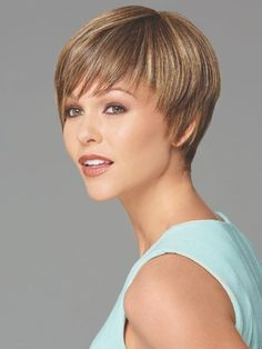 Short Hairstyles for women over 40 withThin Hair-2