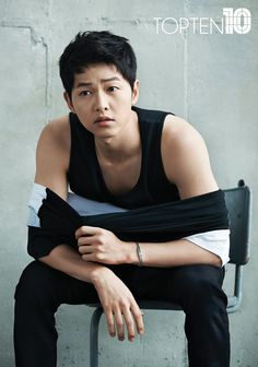 Song Joong Ki 송중기 reveals the Top Ten natural .Actor Song Joong-ki has endorsed Korean SPA brand Topten for its spring-summer campaign. Song Hye Kyo, Park Hae Jin, Park Seo Joon, Asian Actors, Korean Actors, Song Joong Ki Cute, Song Joong Ki Photoshoot, Soon Joong Ki, Park Bogum