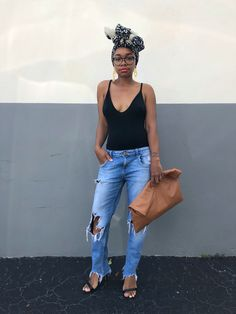 StyleLust Pages: Bodysuit + Destructed Jeans Chic Black Outfits, Cool Outfits, Summer Outfits, Fashion Outfits, Oversized Clutch, Oversized Bags, Wardrobe Basics, Fall Wardrobe, Wardrobe Staples