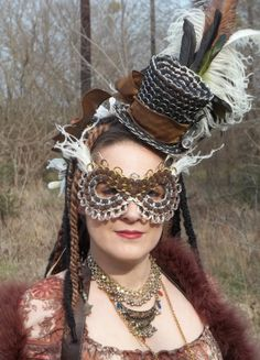 The Art of Can Tabistry: Mardi Gra Steampunk Style - Hat and Mask