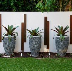 décoration de mur de jardin extérieur avec pot de plante