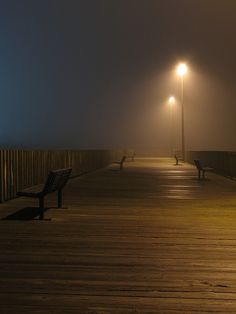 My fav time of day at the beach….Foggy, street lamp light nights!! =D