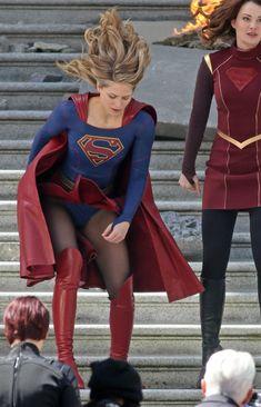 Melissa Benoist as Supergirl Melissa Benoist Hot, Melissa Marie Benoist, Supergirl Season, Supergirl Tv, Melissa Benoit, Melissa Supergirl, Cinema Tv, Female Superhero, Figure Skating Dresses