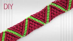 DIY Macrame ZigZag Surf Bracelet - Tutorial. Looks like a ZigZag Waves or Watermelon Triangles. Great bracelet for beginners, can also be used as a friendshi...