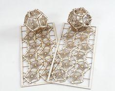 DIY Model Kit makes Two Snowflake Ornaments por ThomasHouhaDesigns