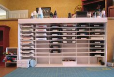 This has a link for how to MAKE the organizer--out of foam core board.