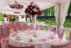 For the couples who want to have a spring wedding, garden wedding themes are the best choice. They can have a garden wedding theme indoor or outdoor. Here are 24 fresh garden wedding theme ideas to inspire you. Wedding Reception Table Decorations, Outdoor Wedding Reception, Wedding Themes, Wedding Centerpieces, Wedding Colors, Wedding Ideas, Centerpiece Ideas, Reception Ideas, Wedding Receptions