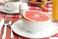 Diète express basée sur une élimination des glucides et des lipides de l'alimentation, le régime Natman ou régime « hôtesse de l'air » est articulé autour d'un menu bien défini qu'il est nécessaire d'appliquer à la règle pour espérer un résultat optimal. Voici ce menu : Menu du jour 1 - Au petit-déjeuner : unRead More  Lire la suite /ici :http://www.sport-nutrition2015.blogspot.com
