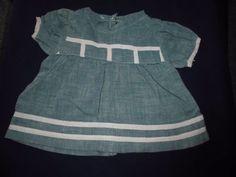 alte-Puppenkleidung-schoenes-blass-gruenes-Kleid