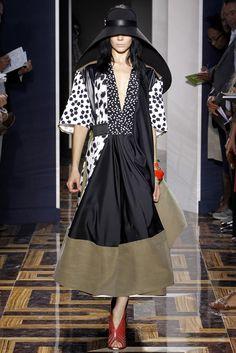 Balenciaga Spring 2012 Ready-to-Wear Fashion Show - Kinga Rajzak (IMG)
