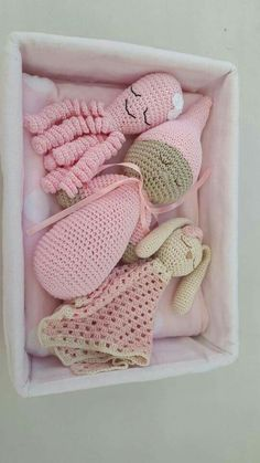 Mesmerizing Crochet an Amigurumi Rabbit Ideas. Lovely Crochet an Amigurumi Rabbit Ideas. Crochet Baby Toys, Crochet Bunny, Crochet Gifts, Crochet For Kids, Crochet Animals, Crochet Dolls, Baby Knitting, Knit Crochet, Amigurumi Patterns