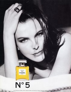 Photo of Ad: Carole Bouquet for fans of Chanel 303083 Coco Chanel Parfum, Chanel N5, Perfume Chanel, Chanel Style, Anuncio Perfume, Isabelle Adjani, 90s Models, Fashion Advertising, Vintage Ads