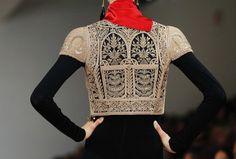 Ralph Lauren primavera/verano 2013 - Olea y Ole New York Fashion, Jacket Outfit, Ralph Laurent, Autumn Street Style, Hippy, New Trends, Men Sweater, Boho, Elegant