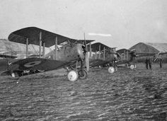 BRITISH AIRCRAFT FIRST WORLD WAR (Q 67981)   Sopwith 7.F.1 Snipe single seat fighter biplane, two bay version.
